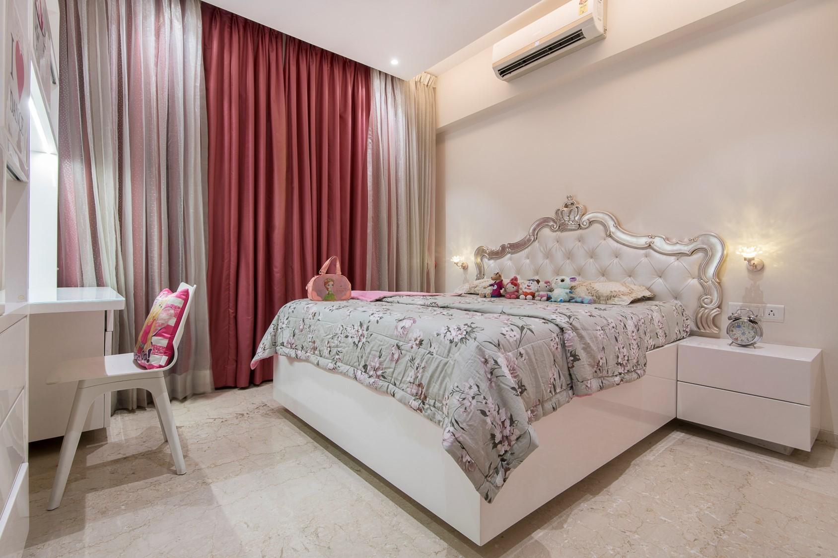 2 DAUGHTERS BEDROOM 1 (1)